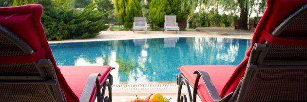 4 outils essentiels pour la piscine